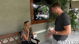 Horny guy showing his skills in flirting and seduce a hot blonde milf