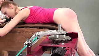 CHELSY ASS WHIPPING SPANKING MACHINE