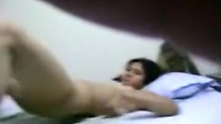 Indian College Couples self filmed her Nude fucking