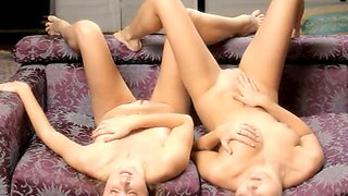 Unbelievable lesbian glamours kissing