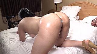 Chunky Arab Adrianna Dark Dicked By BBC In Motel