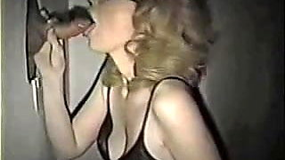 Amateur Wife Experimenting a Gloryhole