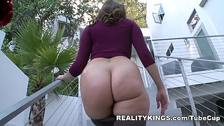 MonsterCurves - Caress the curves