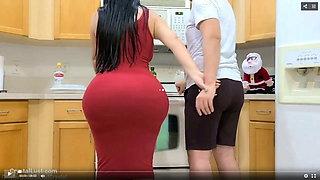a big ass mom