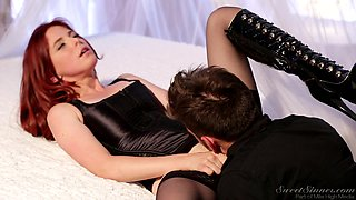 She Gets His Face In There @ Shades Of Kink #02