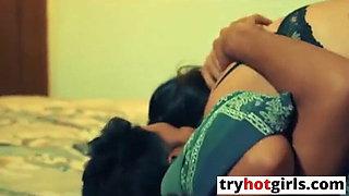 Desi Hot Bhabhi Ne Playboy Ko Bulaya Or Karwayi Chudai