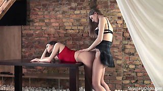 Merry Pie - Aggressive College Girl With Realdoe Is All The Rage - Veruca James And Maria Pie