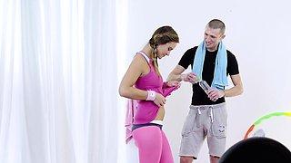 RELAXXXED - Gym sex with beautiful Czech babe Naomi Bennet