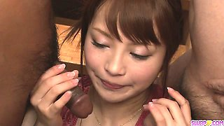 Maomi Nakazawa gives a group a japanese sex blow job