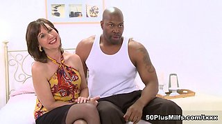 What's A Nice Milf Like Elle Doing In A Place Like This? - Elle Denay - 50PlusMILFs