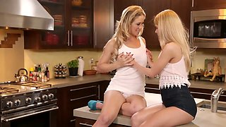 MILF CHERIE HAS LESBIAN SEXY WITH TEEN ALINA