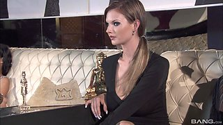 Tarra White cannot resist joining hot friends for a shag session