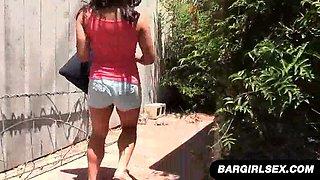 Curvy Filipina Mia Sucks Cock Outside