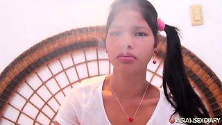 Petite and beautiful Filipina girlfriend fucked in hotel