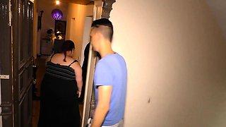 HAUSFRAU FICKEN - Hardcore sex with BBW German housewife