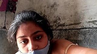 Anju bhabi bath1
