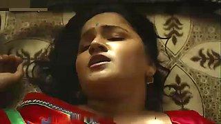 Indian neighbour Desi big boobs bhabhi seducing young boy