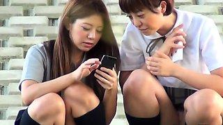 Asian teen squats to pee