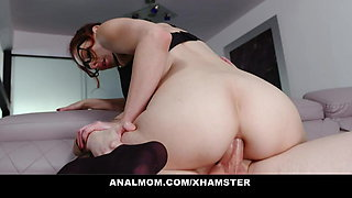 Anal Teacher Lilian Stone Gives Private Lesson To Student