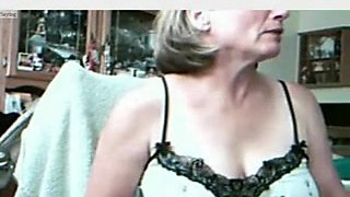 Big breast amateurs vid where I pose topless online