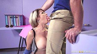 Busty MILF Joslyn James enjoys a guy's massive penis