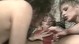 Kittens 1 (1990)
