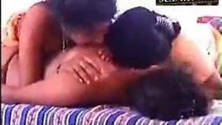 Bhabhi nanada lesbian