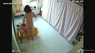 Hackers use the camera to remote monitoring of a lover's home life.383