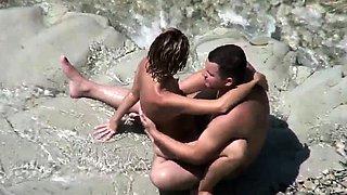 Amateur beach sex couple exposed by voyeurs