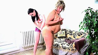 OldNanny Old fat mom is playing with teen and sextoy strapon