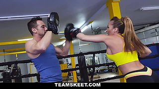 Richelle Ryan in Busty Babe Goes Boxing - TheRealWorkout