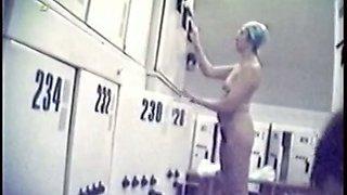Spy cam in public dress room shoots nude amateur females