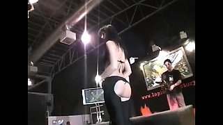Sensuous stripper drops her clothes and masturbates on stage