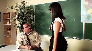 Horny student likes mature hairy cocks