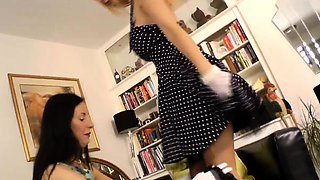 Glamour matures in stockings rub pussy while on phone