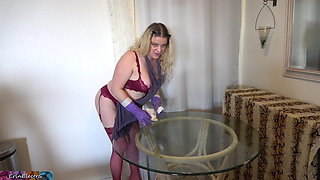 Stepmom cleaning the table takes cock