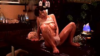 Nishi Azabu Luxury Married Erogenous Big Oil Massage 16