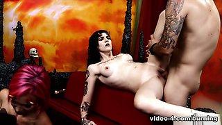 Nikki Hearts & Anna Bell Peaks & Leigh Raven & Chad Alva in Cindy Queen of Hell Part 4 - BurningAngel