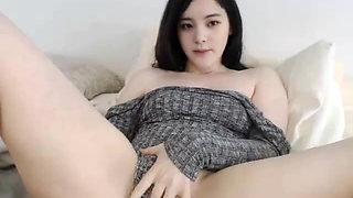 Video masturbating girl