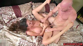 Latin milf sex with cumshot